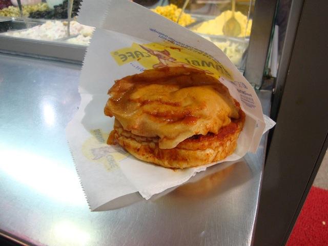blog golly&bossy - istanbul - soggy burger