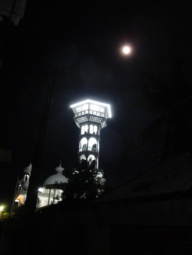 golly&bossy blog - gili trawaangan - indonezija - džamija